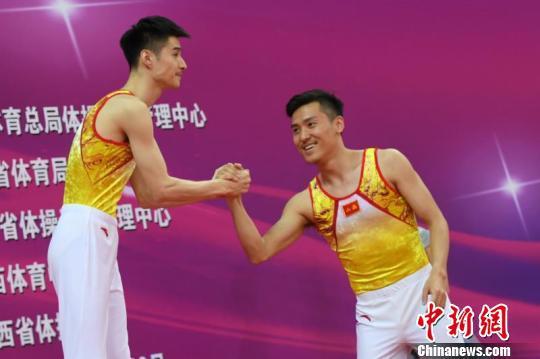 中国蹦床冠军赛落幕 董栋状态良好夺两冠